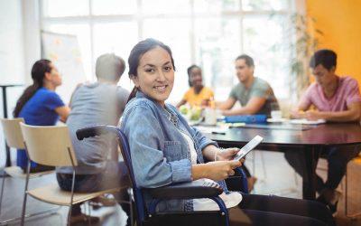 Estrategias de enseñanza y avalúo que atienden necesidades de estudiantes con diversidad funcional